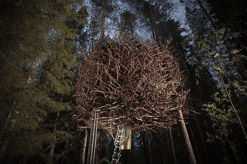 albergo-hotel-treehotel-casa-su-albero-harads-svezia_birds_nest_exterior_2a-k