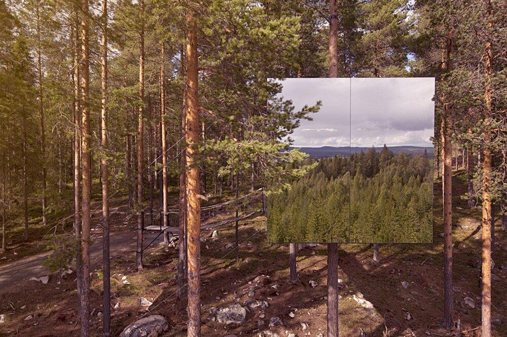 albergo-hotel-treehotel-casa-su-albero-harads-svezia_mirror_cube_exterior_1a-k