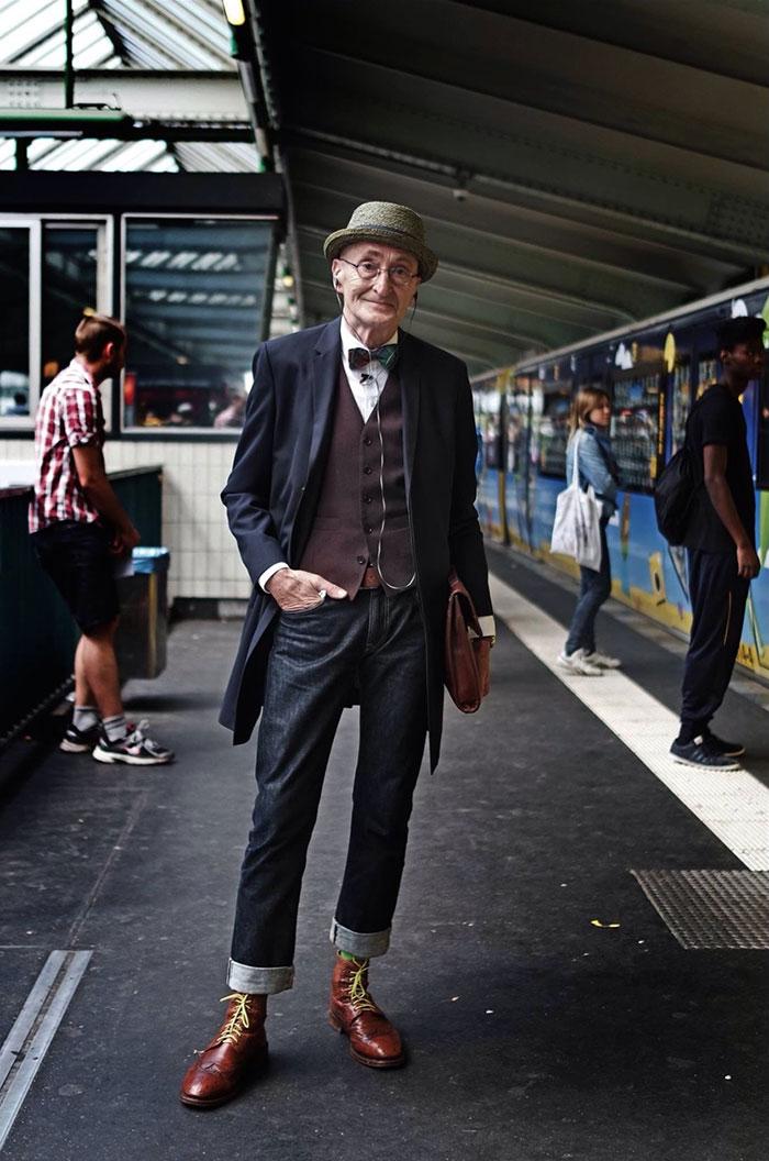 anziano-104-anni-veste-moda-01