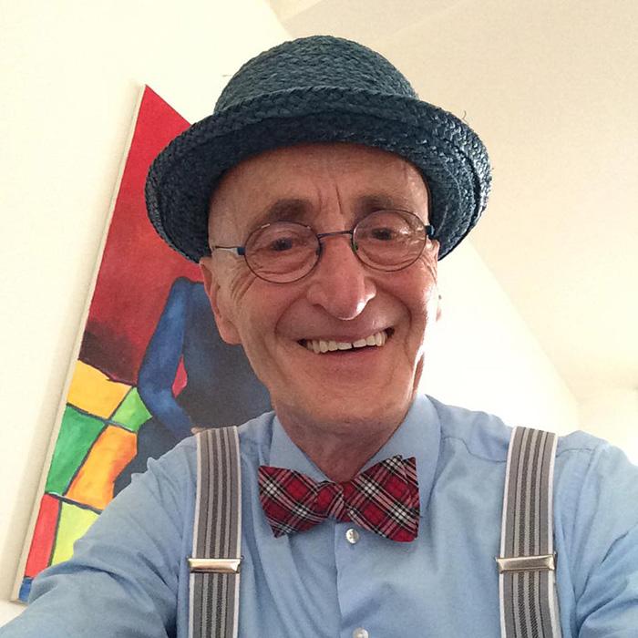 anziano-104-anni-veste-moda-13
