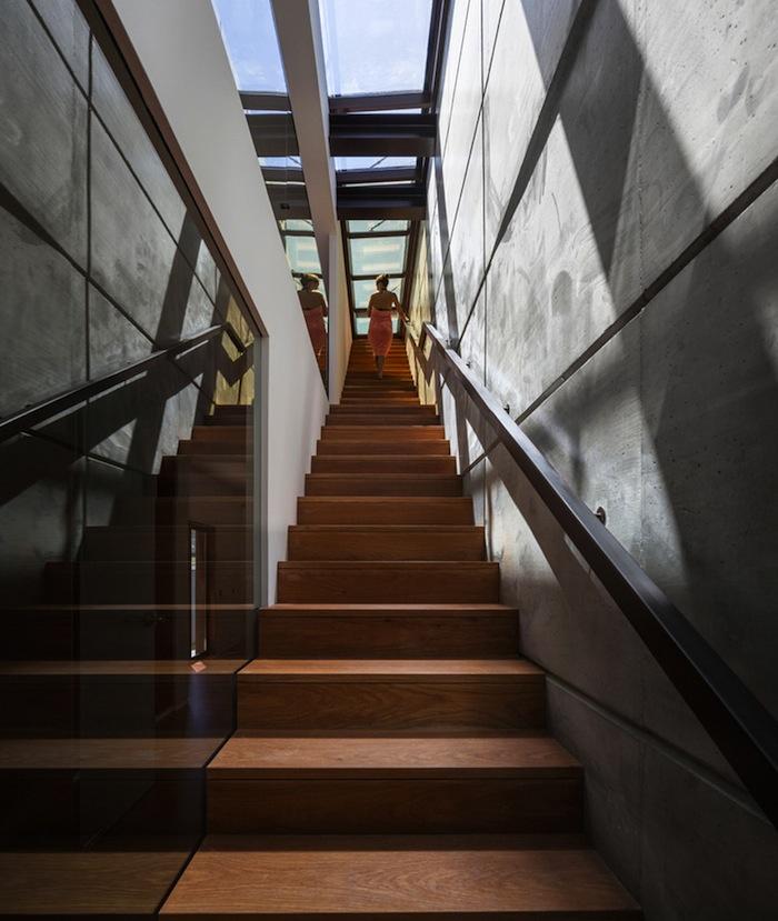 architettura-sostenibile-casa-facciata-piante-portogallo-house-travessa-do-patrocinio-08