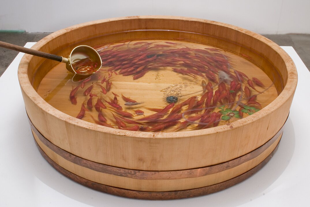 arte-iperrealistica-pittura-scultura-pesci-rossi-resina-riusuke-fukahori-4
