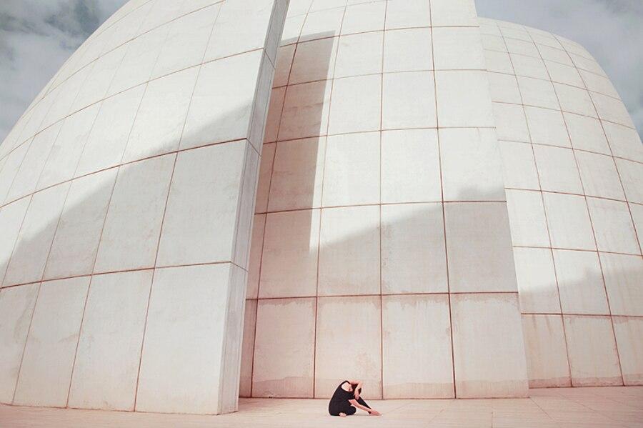 autoritratti-fotografia-architettura-urban-self-portraits-anna-di-prospero-05