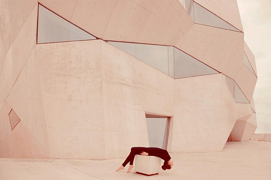 autoritratti-fotografia-architettura-urban-self-portraits-anna-di-prospero-10