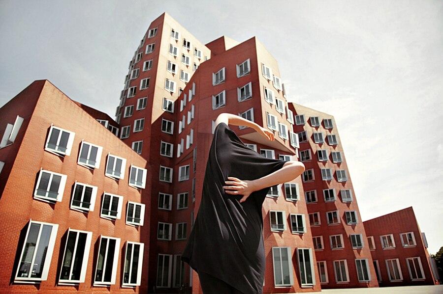 autoritratti-fotografia-architettura-urban-self-portraits-anna-di-prospero-11