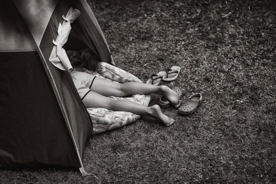 bambini-che-giocano-estate-idillica-villaggio-fotografia-izabela-urbaniak-15