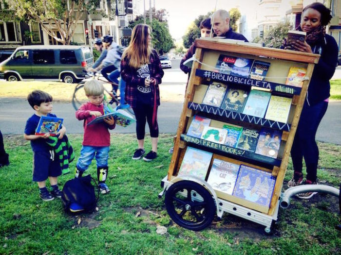 bibliocicleta-bicicletta-traina-biblioteca-libri-gratis-san-francisco-03