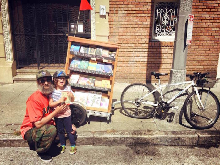 bibliocicleta-bicicletta-traina-biblioteca-libri-gratis-san-francisco-09