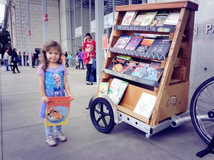 bibliocicleta-bicicletta-traina-biblioteca-libri-gratis-san-francisco-10