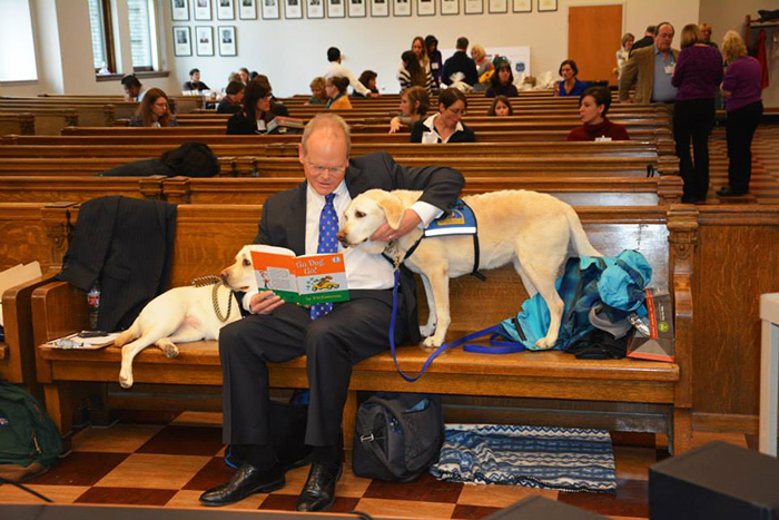 cani-aiutano-testimoni-aule-tribunali-america-courthouse-dogs-05