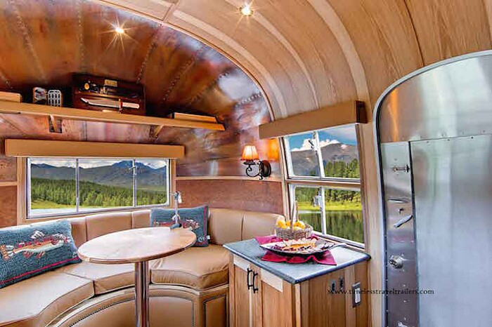 caravan-roulotte-vintage-airstream-casa-mobile-timeless-travel-trailer-6