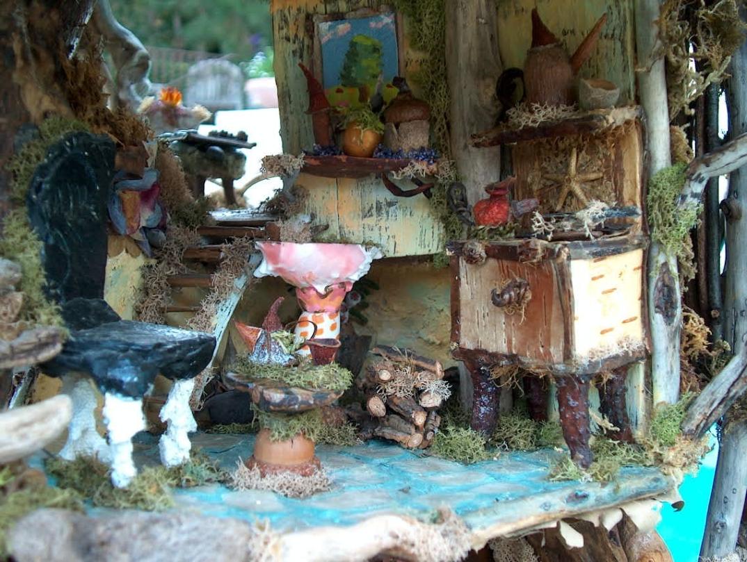 Case fiabesche in miniatura fatte a mano con materiali for Arredamento in miniatura