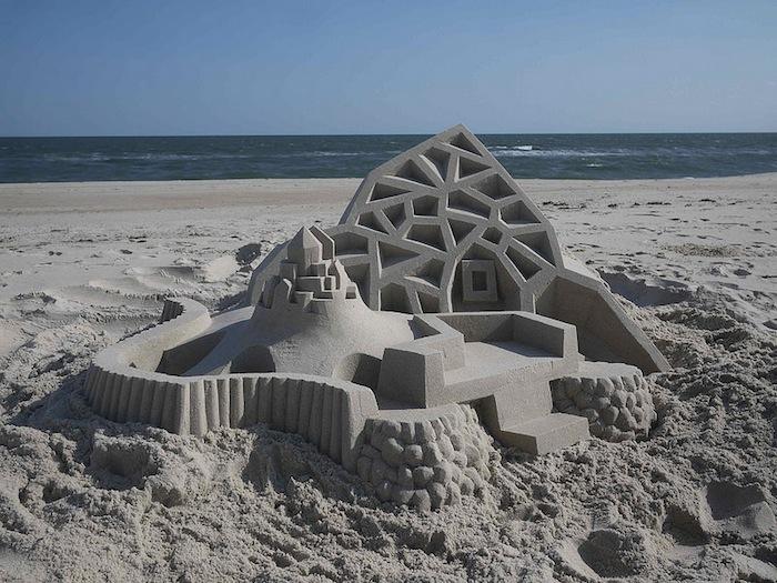castelli-di-sabbia-artistici-futurismo-modernismo-calvin-seibert-02