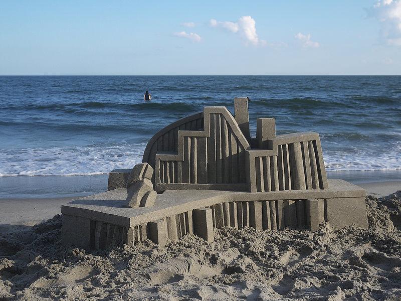 castelli-di-sabbia-artistici-futurismo-modernismo-calvin-seibert-04