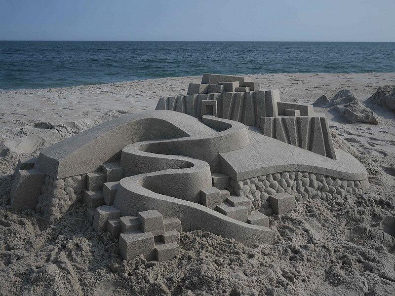 castelli-di-sabbia-artistici-futurismo-modernismo-calvin-seibert-06