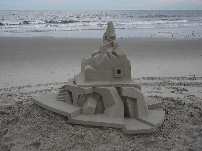 castelli-di-sabbia-artistici-futurismo-modernismo-calvin-seibert-08