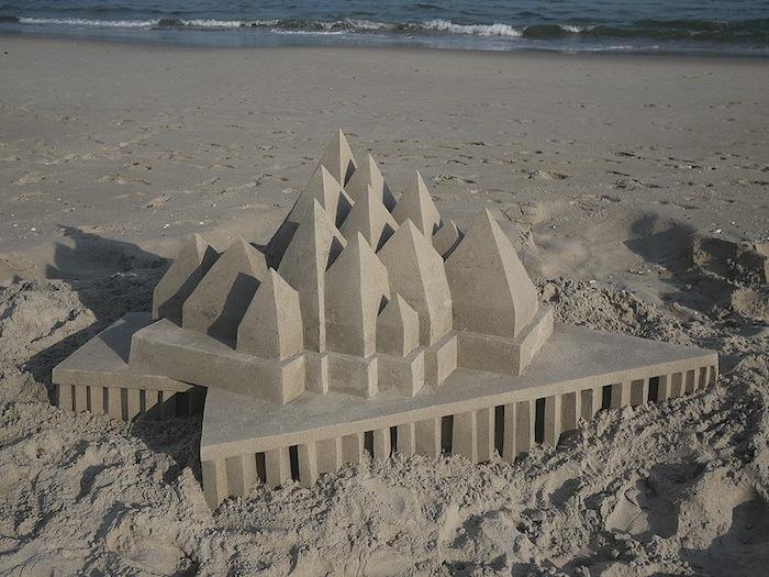 castelli-di-sabbia-artistici-futurismo-modernismo-calvin-seibert-11