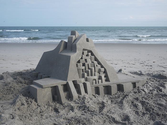 castelli-di-sabbia-artistici-futurismo-modernismo-calvin-seibert-14