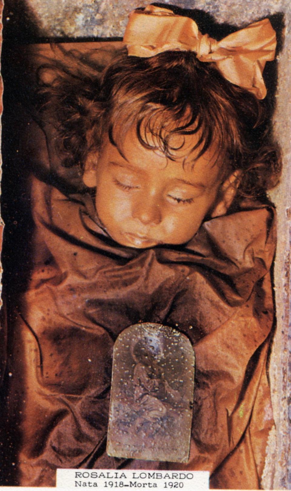 catacombe-cappuccini-palermo-scheletri-mummie-10