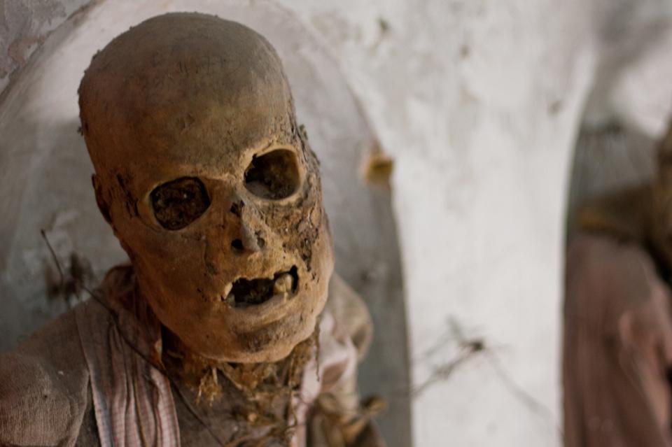 catacombe-cappuccini-palermo-scheletri-mummie-4