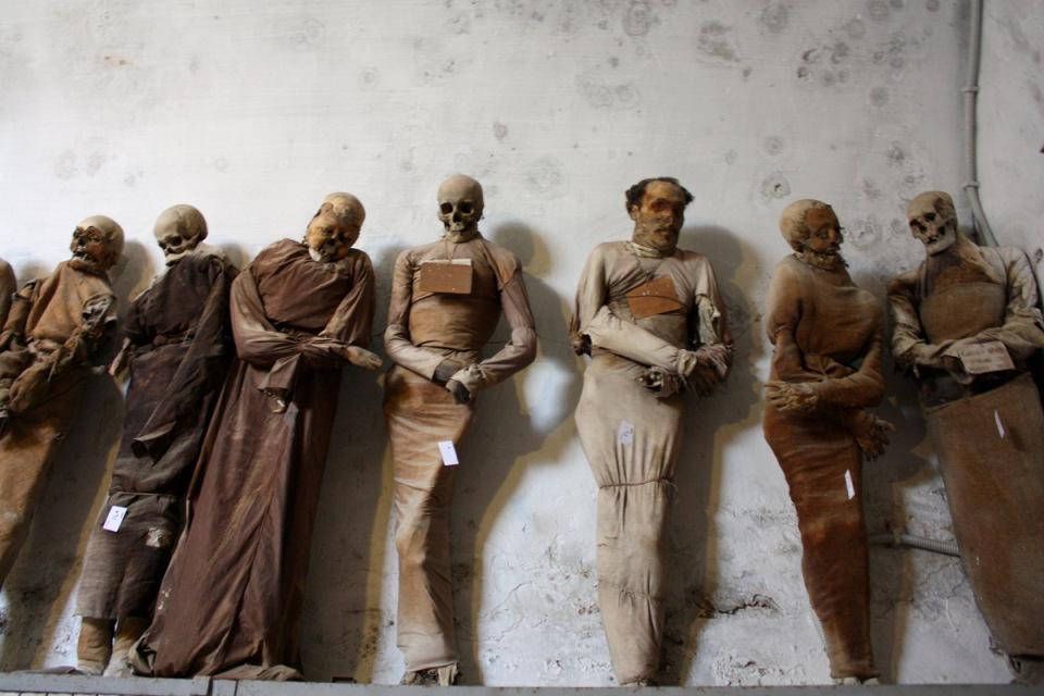 catacombe-cappuccini-palermo-scheletri-mummie-6