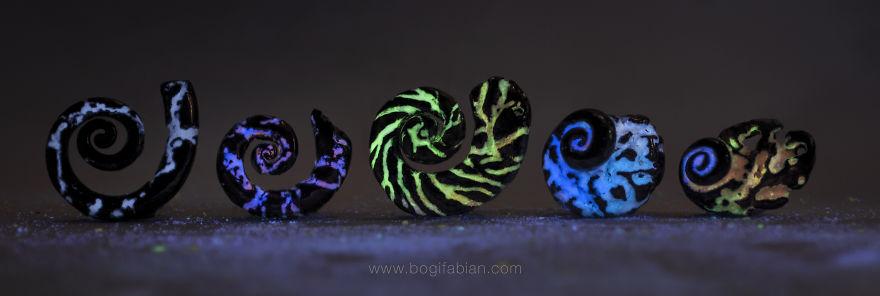 ceramiche-brillano-buio-bogi-fabian-05