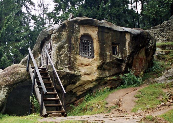 Romania keblog for Schierandosi dalla roccia in casa