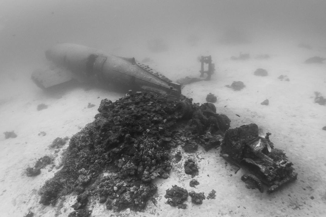 cimitero-sottomarino-aerei-seconda-guerra-mondiale-abbandonati-brandi-mueller-02