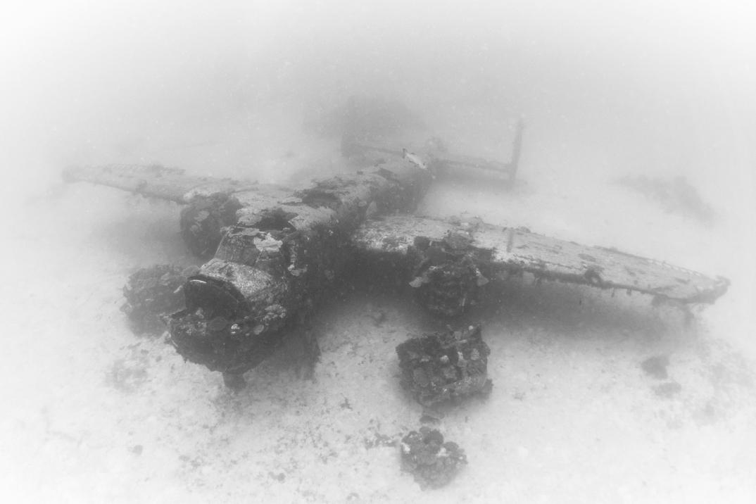 cimitero-sottomarino-aerei-seconda-guerra-mondiale-abbandonati-brandi-mueller-13
