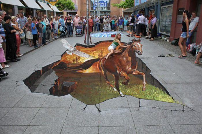 dipinti-tridimensionali-marciapiedi-strade-illusioni-ottiche-3d-nikolaj-arndt-01