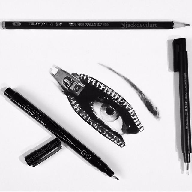 disegni-iperrealistici-miniatura-penna-matita-johanna-jackdevil-02