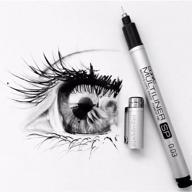 disegni-iperrealistici-miniatura-penna-matita-johanna-jackdevil-05