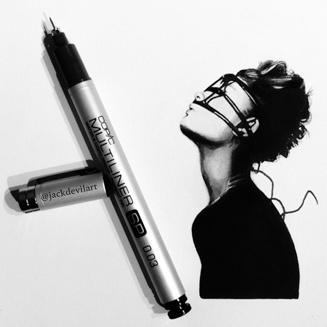 disegni-iperrealistici-miniatura-penna-matita-johanna-jackdevil-12