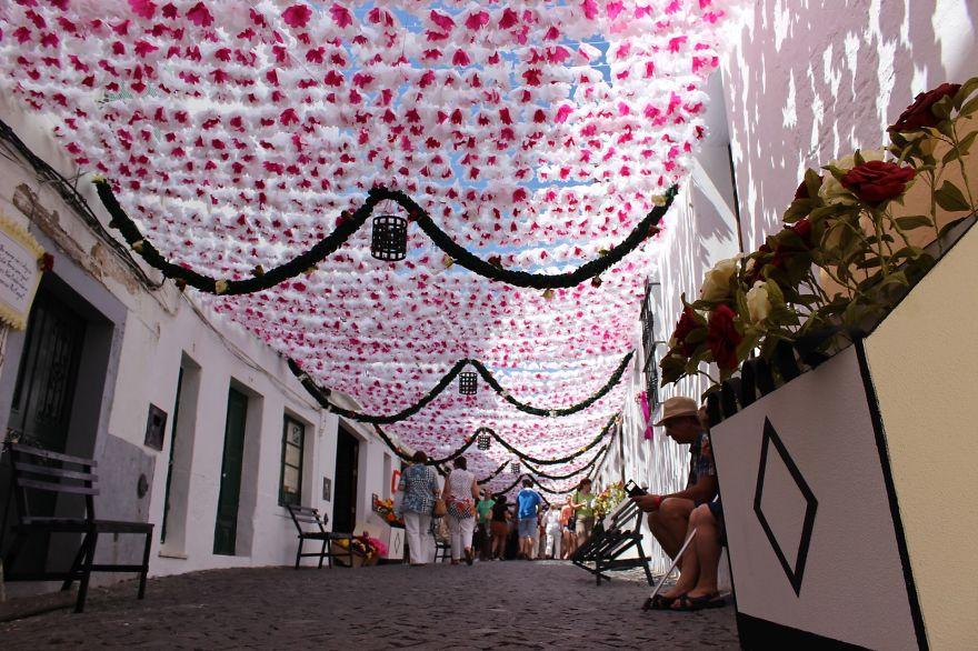 festival-fiori-carta-fatti-mano-alentejo-portogallo-03