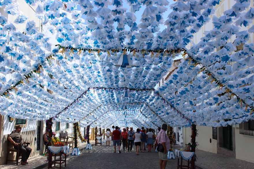 festival-fiori-carta-fatti-mano-alentejo-portogallo-11