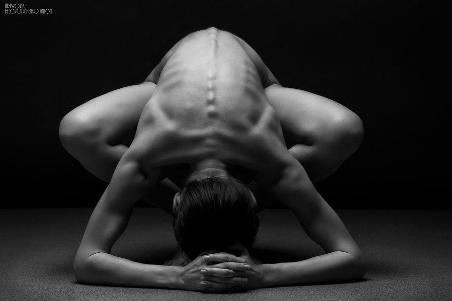 foto-nudi-femminili-bianco-nero-bodyscapes-anton-belovodchenko-06