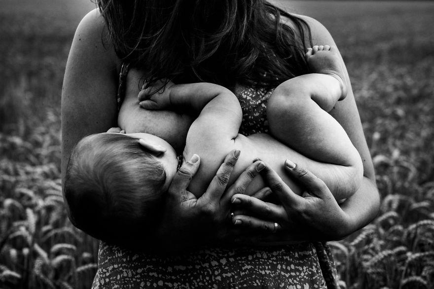 fotografie-donne-allattano-seno-tammy-nicole-15
