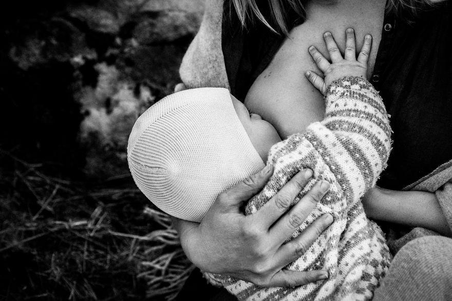 fotografie-donne-allattano-seno-tammy-nicole-18