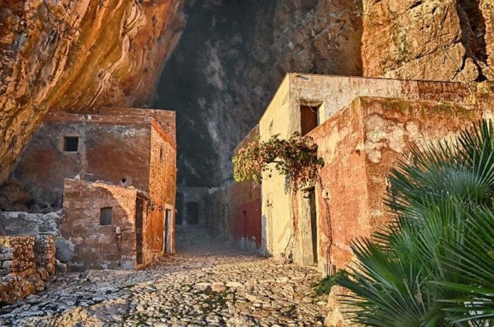 grotta-mangiapane-sicilia-borgo-antico-04