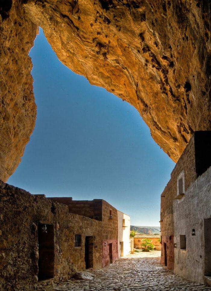 grotta-mangiapane-sicilia-borgo-antico-05