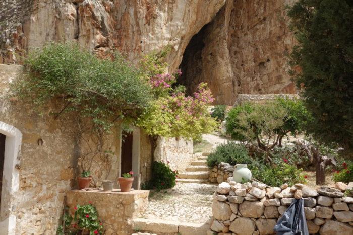 grotta-mangiapane-sicilia-borgo-antico-10
