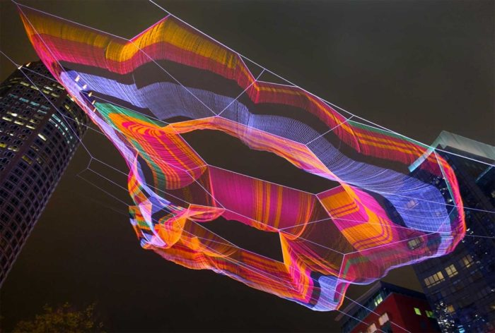 installazione-fili-colorati-boston-echelman-23