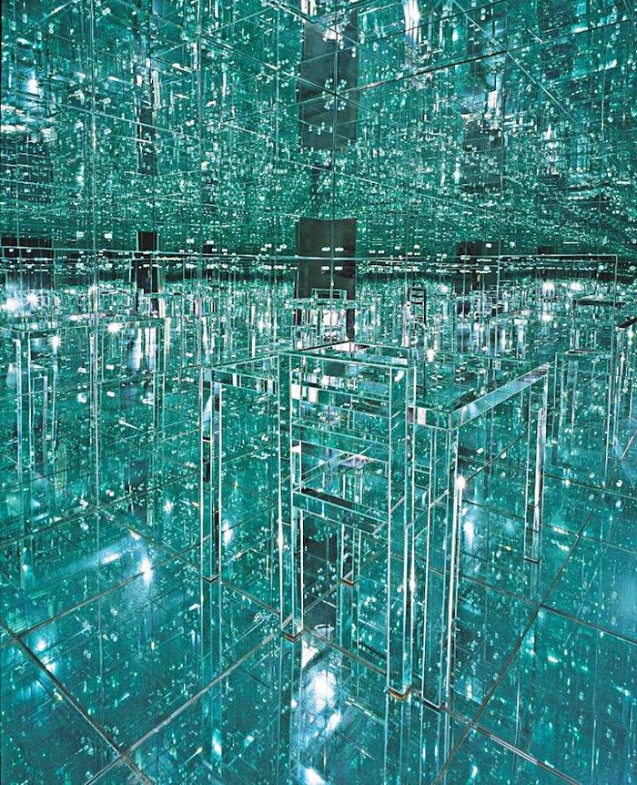 installazione-stanza-specchi-infinity-room-arte-lucas-samaras-1