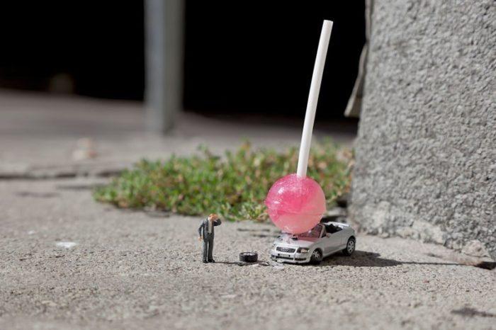 installazioni-street-art-fotografia-miniature-little-people-project-slinkachu-04