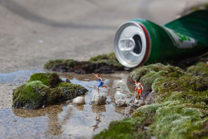 installazioni-street-art-fotografia-miniature-little-people-project-slinkachu-15