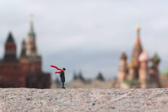 installazioni-street-art-fotografia-miniature-little-people-project-slinkachu-19