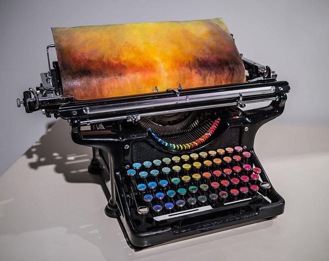 macchina-da-scrivere-vintage-colori-dipingere-chromatic-typewriter-tyree-callahan-2