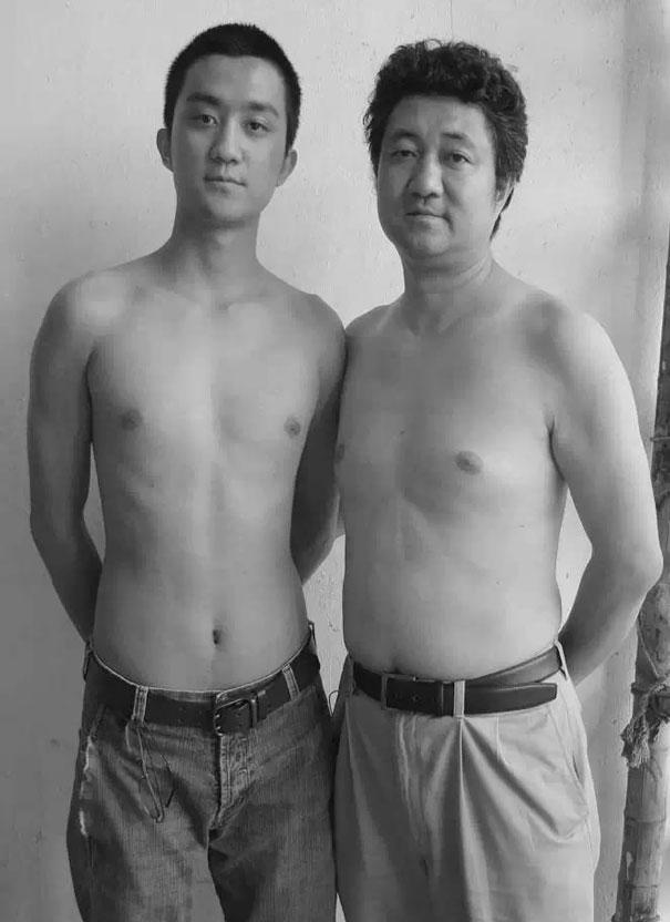 padre-figlio-trenta-anni-stessa-foto-16