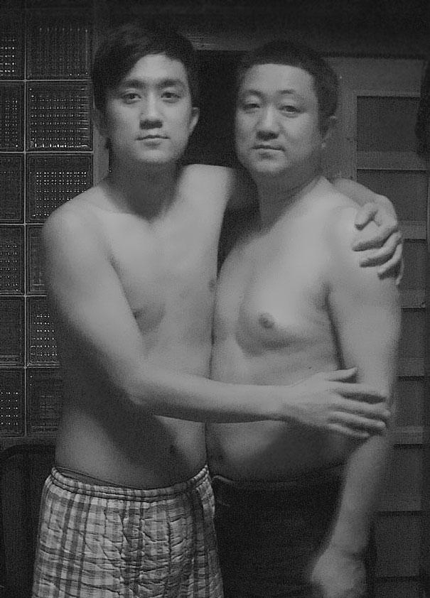 padre-figlio-trenta-anni-stessa-foto-17
