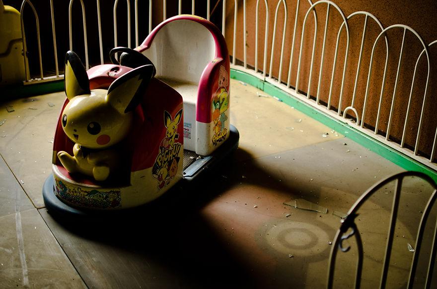 parco-giochi-abbandonato-giappone-nara-dreamland-1